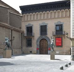 SIGHTS. Museo Pablo Gargallo. This museum honors sculptor Pablo Gargallo, born in Maella in 1881. It is installed in a beautiful Aragonese Renaissance-style palace (1659) that was declared a national monument in 1963. Gargallo, influential in the art world of the 1920s, is repres