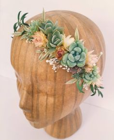 http://sosuperawesome.com/post/163116620538/sosuperawesome-succulents-crowns-hair-combs