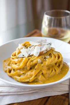 This flavorful and delicious pumpkin cream sauce fettuccine looks like it belongs in a fancy restaurant.