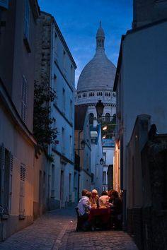 Anochecer, Montmartre, Paris foto a través de elizabeth