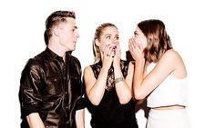 Arrow - Colton Haynes, Emily Bett Rickards & Willa Holland