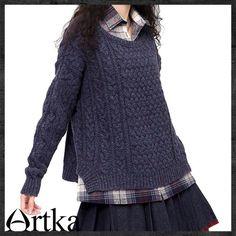 knit sweater by Artka