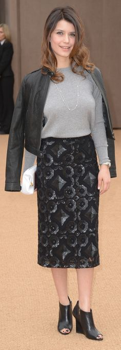 Turkish actress Beren Saat wearing Burberry and The Petal bag at the Burberry Prorsum Womenswear A/W14 Show in London