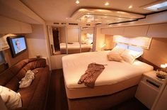 .motorhome bedroom(pic only).             t