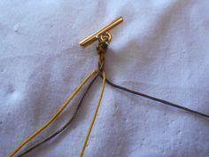 ΦΘΙΝΟΠΩΡΙΝΑ ΦΥΛΛΑ | kentise Macrame Necklace, Friendship Bracelets, Stud Earrings, Macrame Bracelet Tutorial, Friend Bracelets