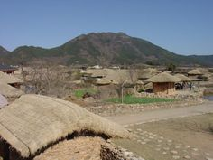 a korean folk village where people actually lived