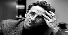 Robero Bolaño, escritor de Los Perros Románticos y Los detectives Salvajes.  http://poetasdelfindelmundo.com/2016/01/19/roberto-bolano-consejos/