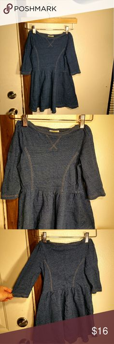Denim Look, Cottony Feel, Casual Dress Blue, the color of jeans, but cotton cozy as can be for a kid running every which way causing mayhem :) used, but in good condition, no damage or signs of wear. Size tag says Small (5-6). Crazy 8 Dresses Casual