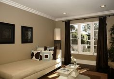 Love this brown wall color. Dunn-Edwards collab w/Jeff Lewis