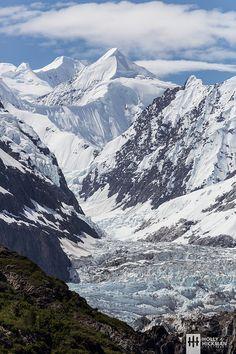 Glacier Bay national Park . Alaska
