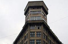 Budovu pro elektrotechnické závody ETA navrhl v roce 1924 Karel Bukovský.