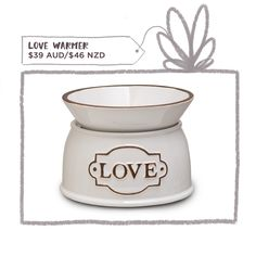 Love this love scentsy warmer.