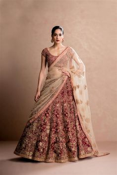Does anyone knows who is designer of this lehenga? Does anyone knows who is designer of this lehenga Indian Bridal Outfits, Indian Bridal Lehenga, Indian Bridal Wear, Red Lehenga, Indian Dresses, Bridal Dresses, Lehenga Wedding Bridal, Pakistani Bridal, Bridal Anarkali Suits