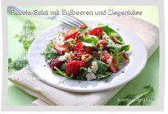 Leckeres Rucola-Salat mit Erdbeeren und Ziegenkäse Rezept mit einfacher Schritt-für-Schritt-Anleitung: Salat waschen und zupfen , Erdbeeren waschen, Bl�...