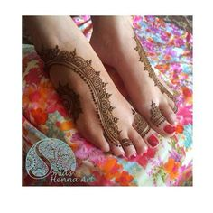 Eid Mehndi-Henna Designs for Girls.Beautiful Mehndi designs for Eid & festivals. Collection of creative & unique mehndi-henna designs for girls this Eid Cool Henna, Unique Henna, Simple Henna, Modern Henna, Eid Mehndi Designs, Henna Designs Feet, Henna Tattoo Designs, Mehndi Images, Mehndi Tattoo