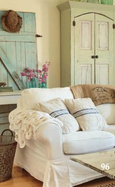 Lovely Prairie Style Room From Magazine Cottage Living Shabby Chic