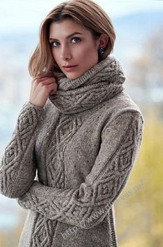 Sweater w/cowl