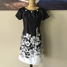 BEAUTIFUL Cap Sleeve Dress Please feel free to ask your questions so I can get this beautiful lady home to you. K  Dresses