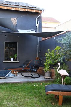 Notre terrasse - L'avant / Apres #hometour - jesus-sauvage Patio Design, Garden Design, House Design, Outdoor Living, Outdoor Decor, Home Decor Furniture, Porch Decorating, Outdoor Gardens, Terrazzo