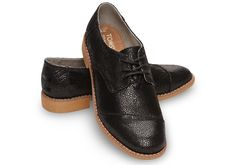Black Crackled Leather Women's Brogues | TOMS