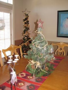 western/cowboy rope wreath | South Meets Southwest Christmas - Holiday Designs - Decorating Ideas ...