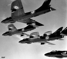 World Air Photo (@planenut27)   Twitter RAF Black Arrows display team, Hawker Hunter F6s, June 1959.