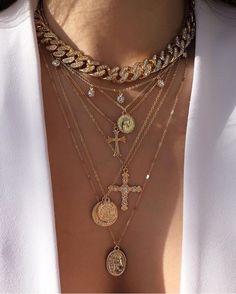 Fashion Jewelry Necklaces, Cute Jewelry, Fashion Necklace, Jewelery, Jewelry Accessories, Fashion Accessories, Women Jewelry, Trendy Accessories, Bridal Jewelry