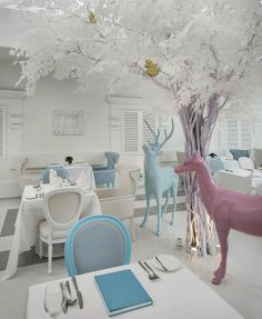 Macalister Mansion Hotel in Penang, Malaysia, by Ministry of Design Restaurant Design, Deco Restaurant, Restaurant Layout, Luxury Restaurant, Interior Architecture, Interior And Exterior, Interior Design, Room Interior, Commercial Design