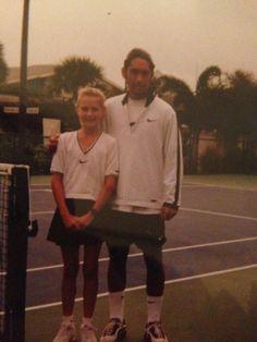 María Sharapova as a tennis little girl,and Marcelo Rios as an adult tennis player Maria Sharapova, Marcelo Rios, Vintage Tennis, Tennis Match, Childhood Photos, Tennis Stars, Tennis Players, The Good Old Days, Business Women
