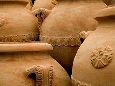 terracotta-jars-made-in-tuscany-italy // Great Gardens & Ideas