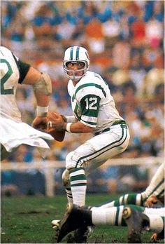 New York Jets quarterback Joe Namath looks to pass against the Baltimore Colts. Broadway Joe's team backed up his victory guarantee as New York upset the heavily favored Colts Namath completed 17 of 28 passes for 206 yards and was named Super Bowl MVP. American Football League, Alabama Football, Sport Football, National Football League, Football Stuff, School Football, Football Players, New York Jets, Americana Retro