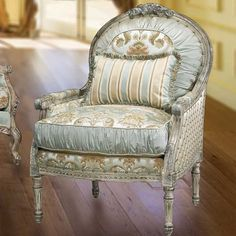 Ravella Accent Chair - Chairs & Ottomans - Living Rooms