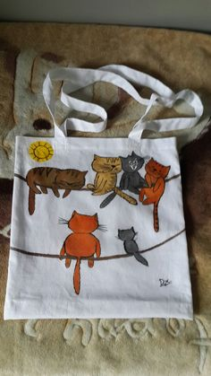 Embroidery Bags, Machine Embroidery, Crochet Bag Tutorials, Cat Quilt, Painted Clothes, Stone Crafts, Bag Patterns To Sew, Linen Bag, Cat Pattern