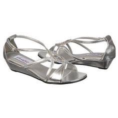Women's Dyeables Harper Silver FamousFootwear.com