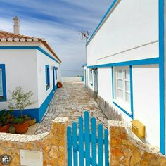 Colour of the Year Inside A Portuguese Home With Pantone Colour ♦ American brand Pantone has announced that the Colour of the Year 2020 is Classic Blue, a Visit Portugal, Portugal Travel, Algarve, Blue Shutters, Santorini, Color Of The Year, House Painting, Portuguese, Wonderful Places