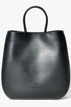 CLOUDY BAG Schwarze Handtasche aus hochwertigem, vollnarbigen und pflanzlich gegerbtem Rindsleder. Rind, Leather Backpack, Backpacks, Bags, Handmade, Handbags, Leather, Leather Book Bag, Leather Backpacks