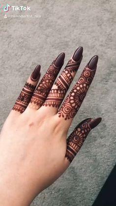 Pretty Henna Designs, Modern Henna Designs, Rose Mehndi Designs, Latest Henna Designs, Back Hand Mehndi Designs, Henna Art Designs, Beautiful Mehndi Design, Beautiful Patterns, Finger Mehndi Style