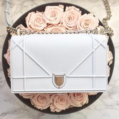Dior on a bed of roses! Photo via Glam and Glitter by Tamara Kalinic Cheap Handbags, Purses And Handbags, Replica Handbags, Popular Handbags, Celine Handbags, Brown Handbags, Cheap Purses, Wholesale Handbags, Beautiful Handbags