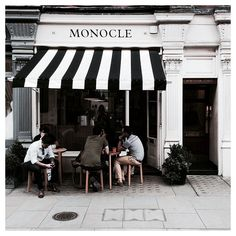 Getting the break we deserve at Monocle cafe #London ☕️