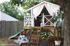 Aunque para muchos lo de tener una cabaña en el árbol sea cosa de niños, creo que muchos adultos disfrutaríamos de...