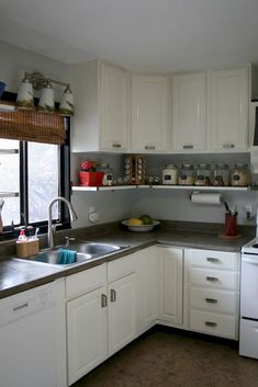 Do you want to have an IKEA kitchen design for your home? Every kitchen should have a cupboard for food storage or cooking utensils. So also with IKEA kitchen design. Here are 70 IKEA Kitchen Design Ideas in our opinion. Hopefully inspired and enjoy! Kitchen Cabinets To Ceiling, Kitchen Cabinet Remodel, Diy Kitchen Remodel, Farmhouse Kitchen Cabinets, Kitchen Cabinet Design, Kitchen Countertops, Kitchen Remodeling, Remodeling Ideas, Farmhouse Sinks
