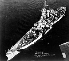 Aerial view of large cruiser USS Guam Philadelphia Navy Yard Pennsylvania United States 25 October New Battleship, Us Battleships, Navy Corpsman, Dazzle Camouflage, Capital Ship, Naval History, Military History, Us Navy Ships, History Online