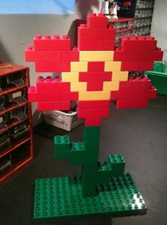LEGO (Duplo) flower