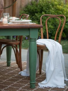 Magnolia Green Farm Table – Saw Nail and Paint - Modern Farm Dining Table, Dining Table Makeover, Dinning Room Tables, Farm Tables, Wood Tables, Dining Sets, Rustic Table, Room Chairs, Side Tables