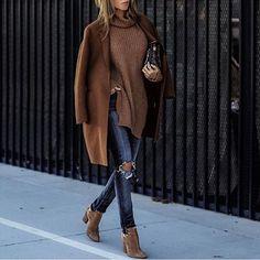 Streetstyle via @fashion_bgig @lolariostyle Check link in bio.
