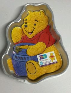 Disney Winnie the Pooh with honey pot Wilton cake pan insert instructions
