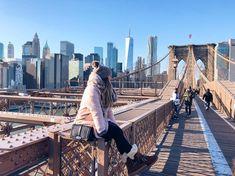 EMU Shoreline. Aus wasserdichtem Veloursleder, gefüttert mit australischem Lammfell. Der wasserfeste Stiefel wurde entworfen, um bei jedem Wetter Komfort und Stil zu bieten. Bei uns im Shop verfügbar! Emu, Komfort, Brooklyn Bridge, Travel, Fur Fashion, Weather, Boots, Women's, Viajes