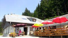 Chalet Incrota, Les Paccots Restaurants, Outdoor Decor, Home Decor, Fine Dining, Eat, Diners, Decoration Home, Restaurant, Interior Design