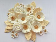 GOLDEN WEDDING PETALS & ROSES edible sugarpaste flowers decorations cake