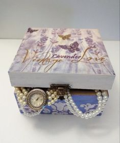 This item is unavailable Purple Jewelry, Diy Jewelry, Jewelry Box, Hygge, How To Clean Makeup Brushes, Diy Cleaners, Vintage Box, Jewelry Trends, Wooden Boxes